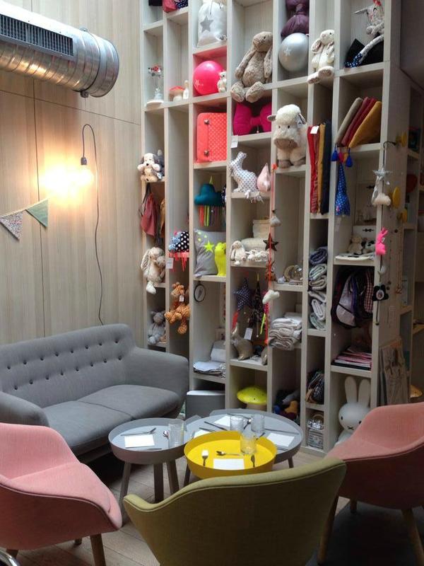 chuuut venez f ter les un an de happy zoe chez oui. Black Bedroom Furniture Sets. Home Design Ideas