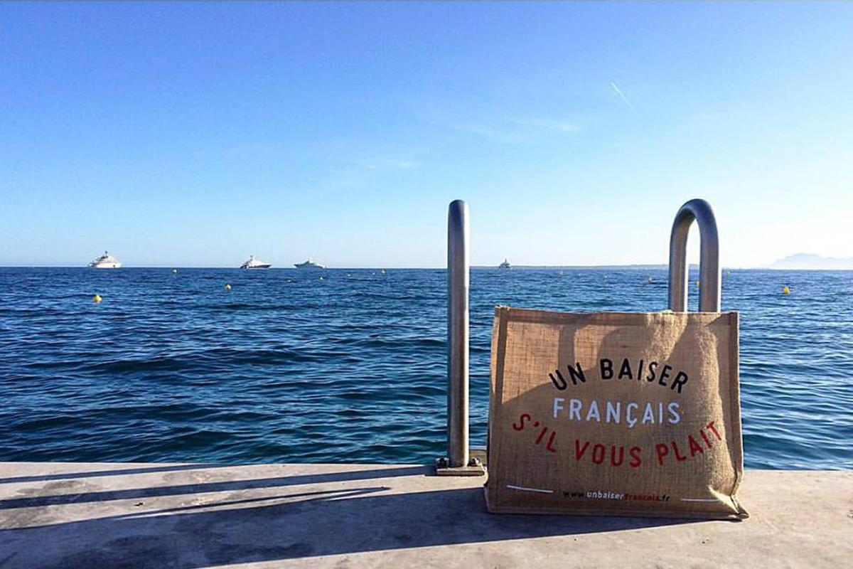 un baiser français bag